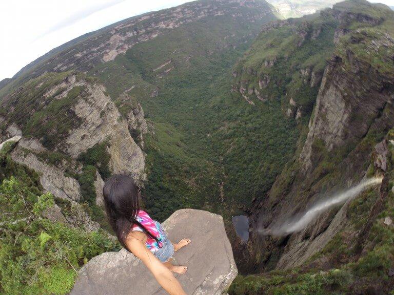 Resultado de imagem para cachoeira da fumaça pedra